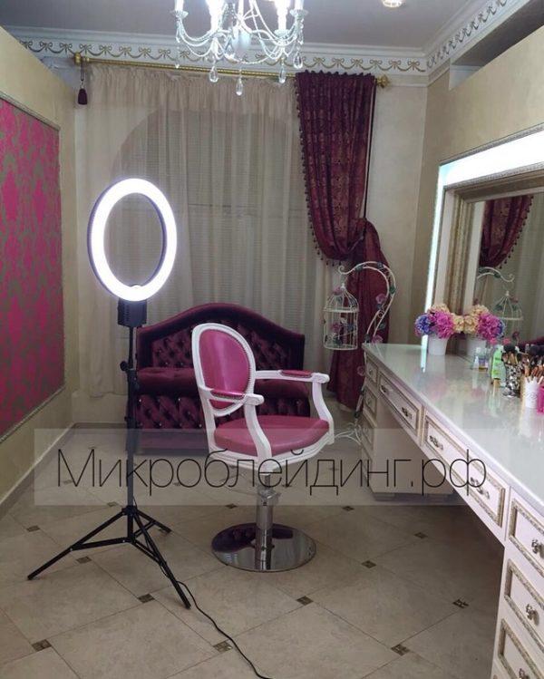 флюоресцентная лампа для макияжа